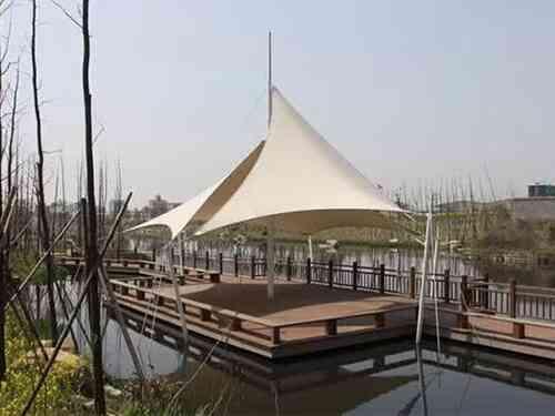 「膜结构遮阳雨棚」遮阳雨棚为什么要选择膜结构的?