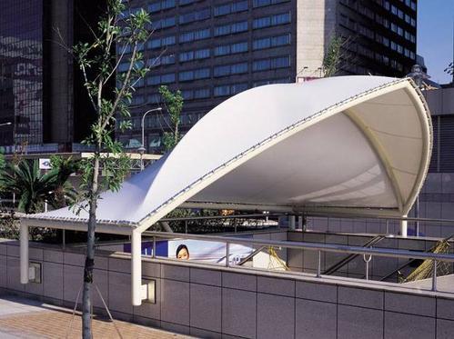 「膜结构遮阳棚」恶劣天气过后的检查与维护