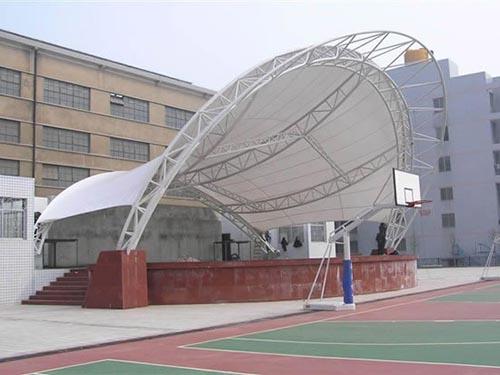 「膜结构舞台棚」顶部使用的膜材介绍